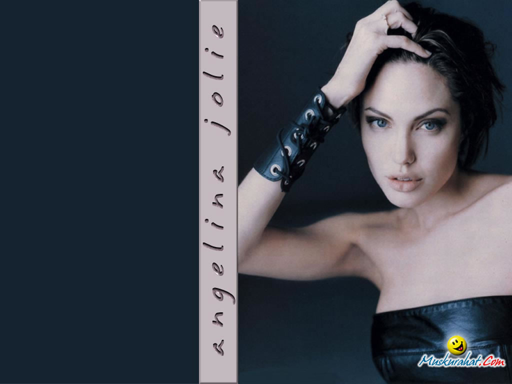 Angelina Jolie Wallpapers Holywood  Actress