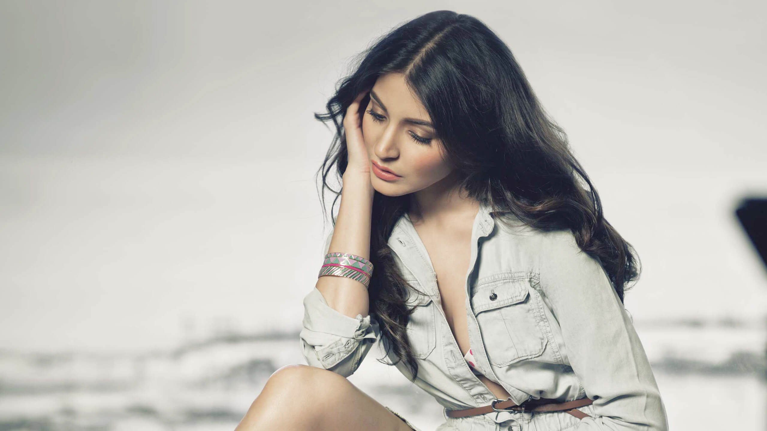 Anushka Sharma HD Desktop Wallpapers