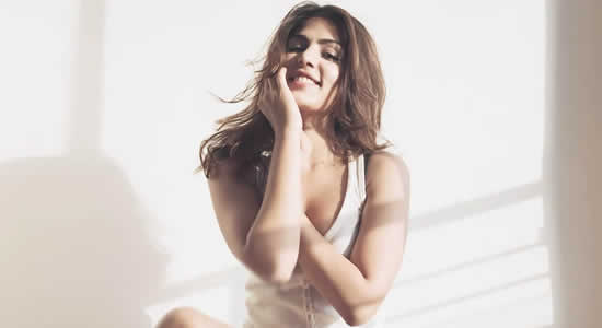 Rhea Chakraborty HD Desktop Wallpapers
